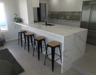 Donatello Kitchen Stone Carine Breakfast Bar